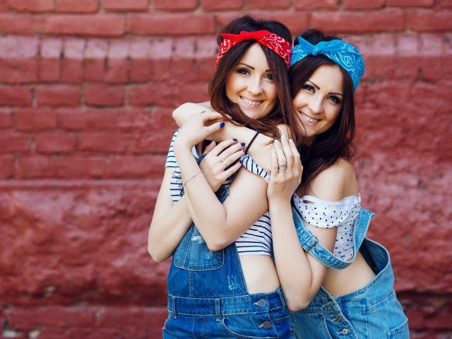 Czy jeśli jedno z bliźniąt ma haluksy to znaczy, że drugie też będzie je miało? – Badania