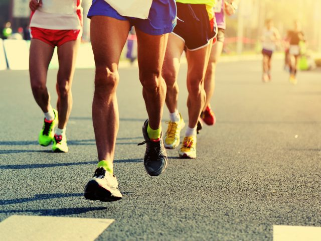 Haluksy u biegaczy – Jak cieszyć się sezonem biegowym gdy doskwiera nam ten problem?