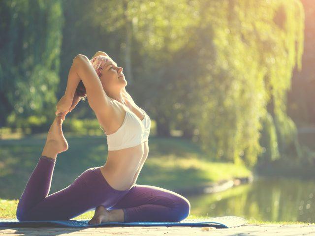 Joga na wzmocnienie stóp i zmniejszenie bólu w obrębie haluksa
